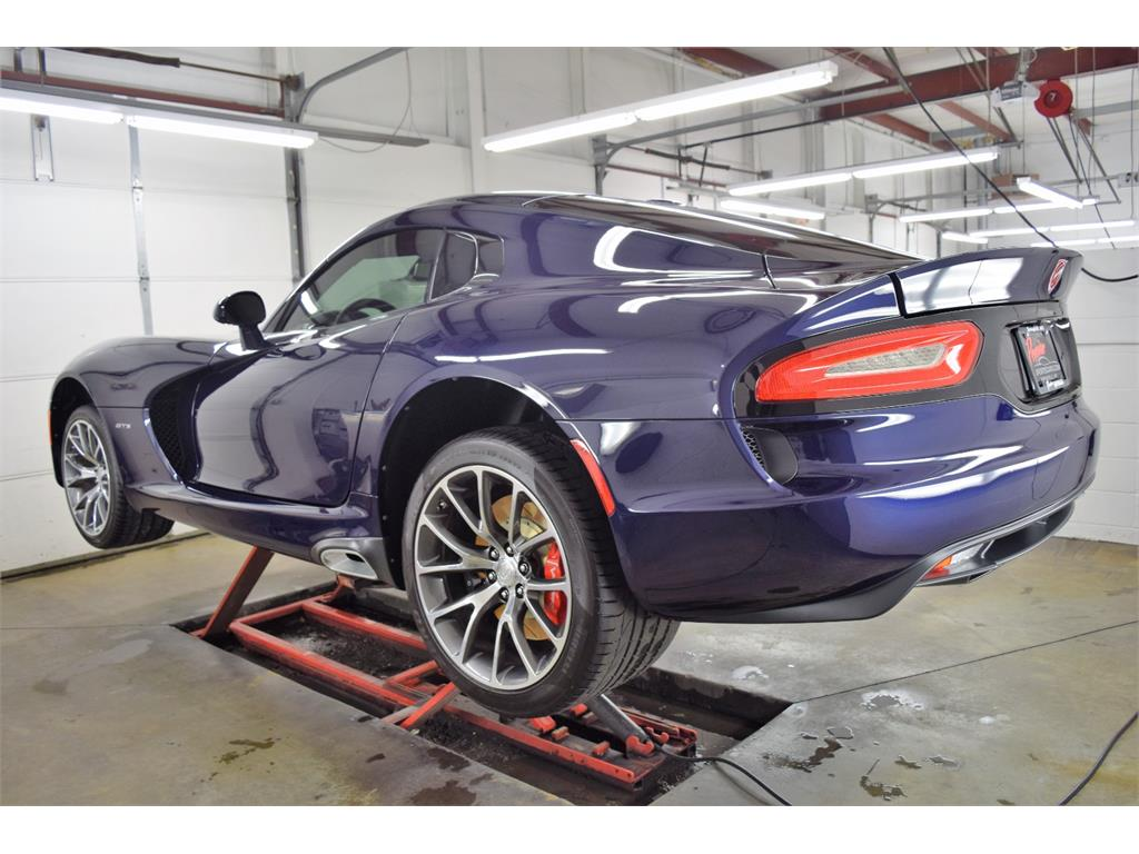 2014 Dodge SRT Viper GTS - Photo 34 - Springfield, MO 65802