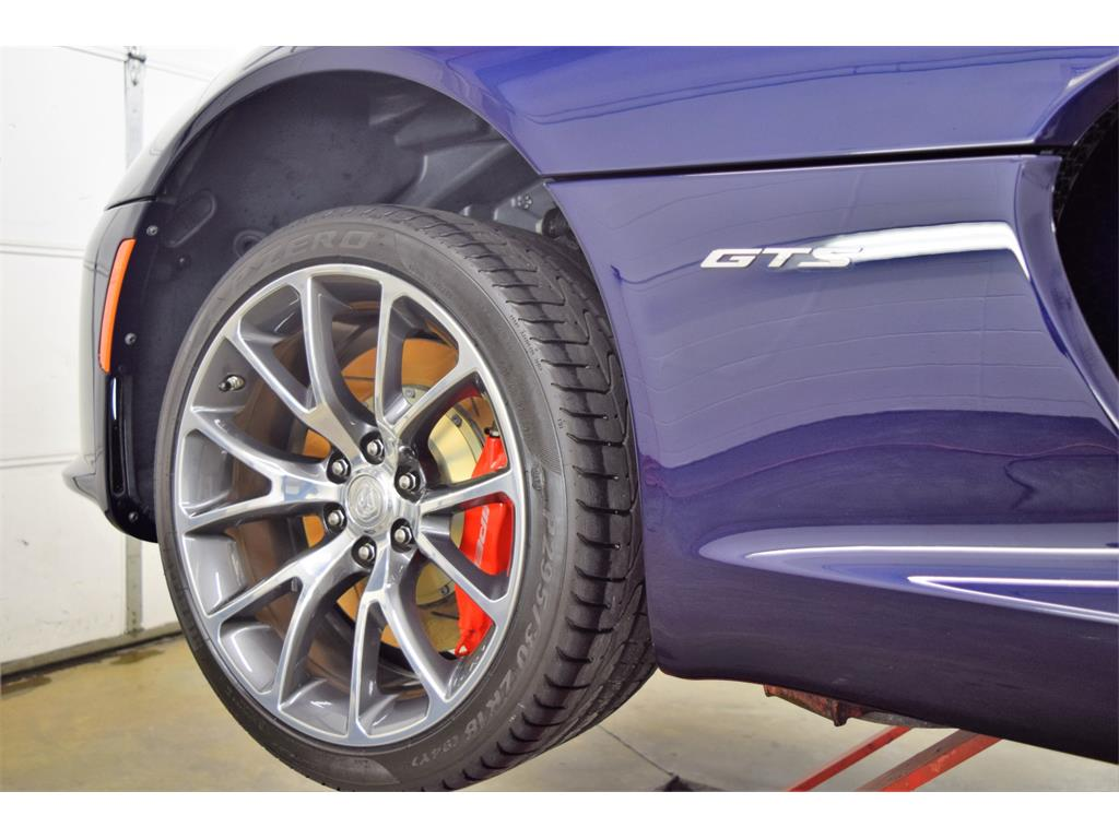 2014 Dodge SRT Viper GTS - Photo 35 - Springfield, MO 65802