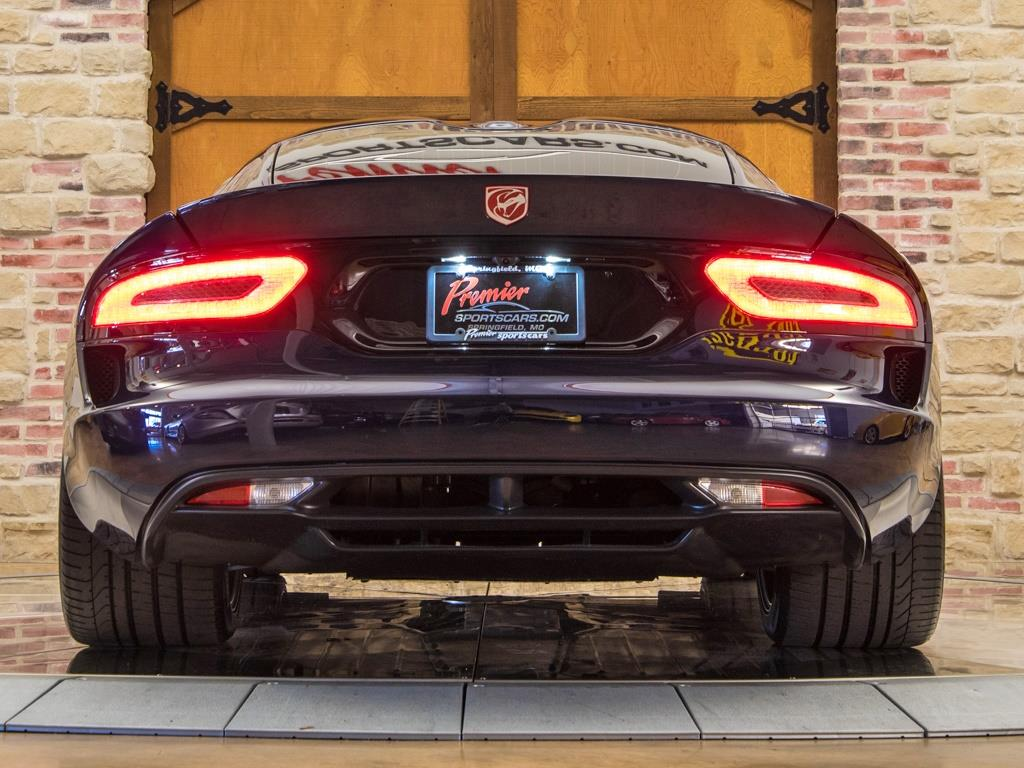 2014 Dodge SRT Viper GTS - Photo 8 - Springfield, MO 65802