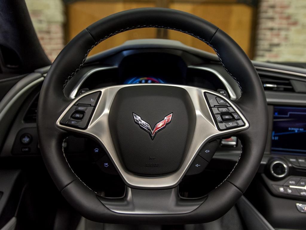 2016 Chevrolet Corvette Stingray Z51 - Photo 10 - Springfield, MO 65802