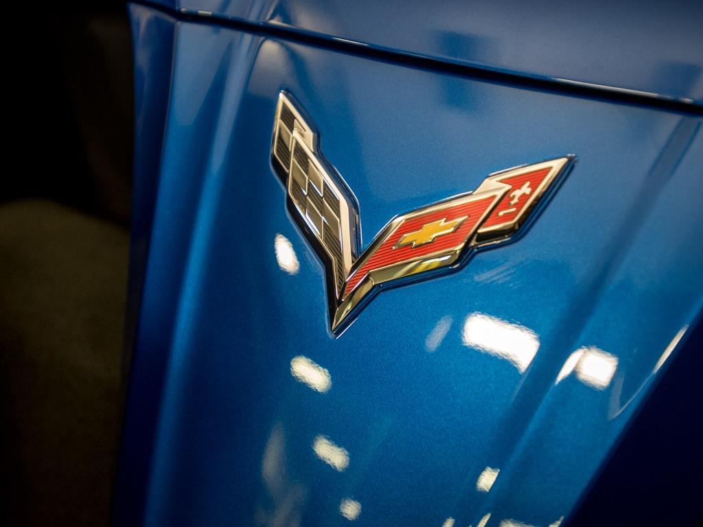 2015 Chevrolet Corvette Z51 3LT Convertible - Photo 36 - Springfield, MO 65802