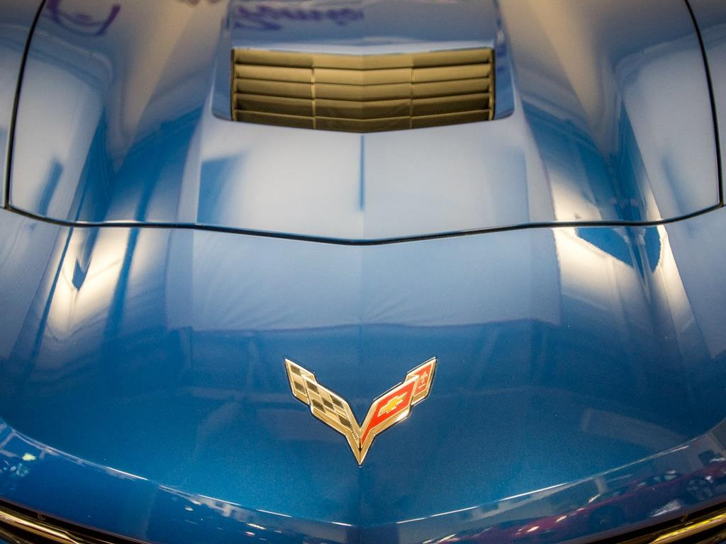 2015 Chevrolet Corvette Z51 3LT Convertible - Photo 35 - Springfield, MO 65802