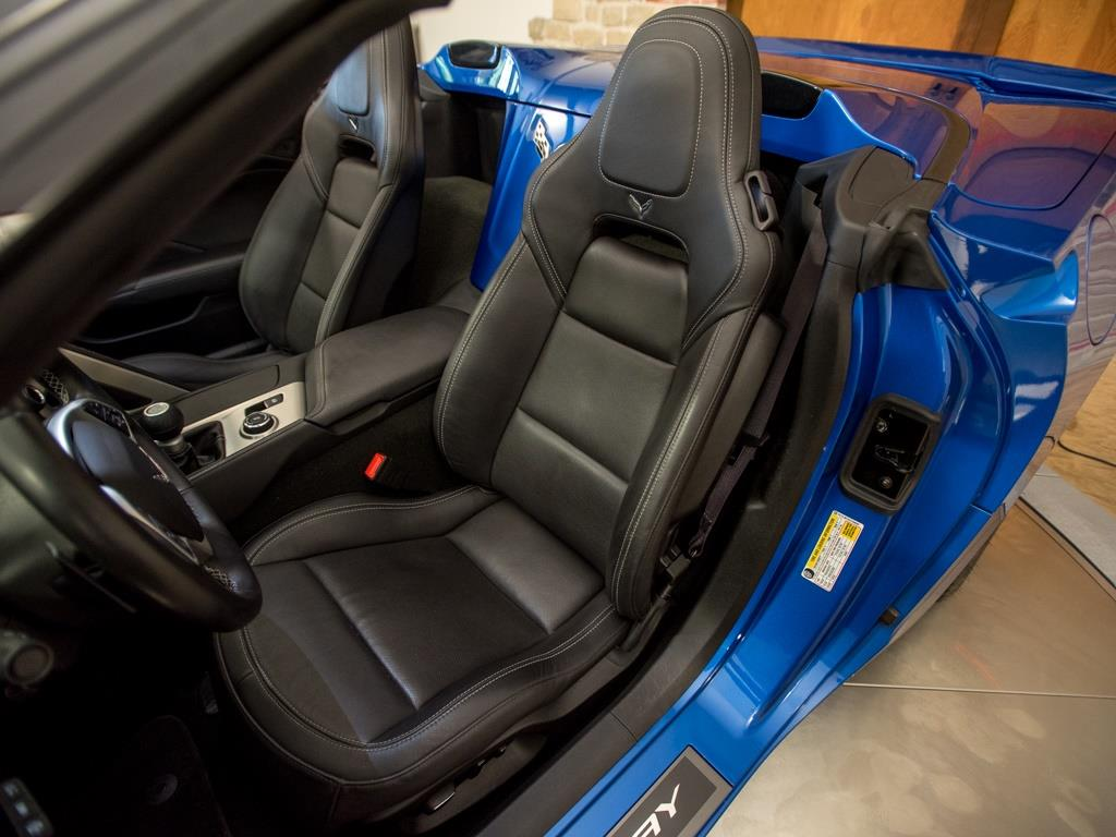 2015 Chevrolet Corvette Stingray Z51 3LT Convertible - Photo 23 - Springfield, MO 65802
