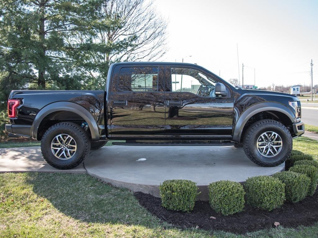 2017 Ford F-150 Raptor - Photo 3 - Springfield, MO 65802
