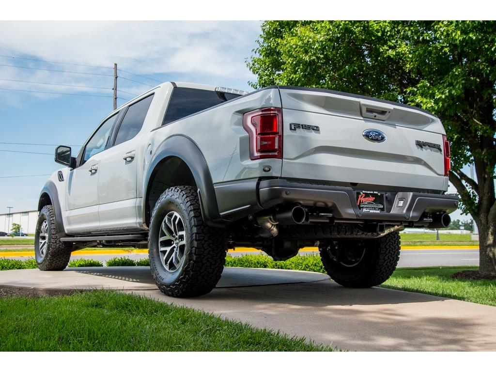 2017 Ford F-150 Raptor - Photo 8 - Springfield, MO 65802