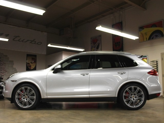2014 porsche cayenne turbo for sale in springfield mo stock p4591. Black Bedroom Furniture Sets. Home Design Ideas