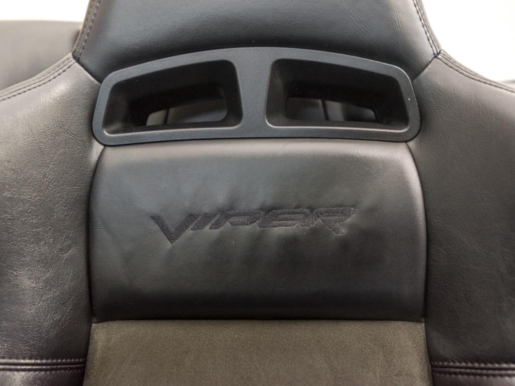 2003 Dodge Viper SRT-10 - Photo 19 - Springfield, MO 65802