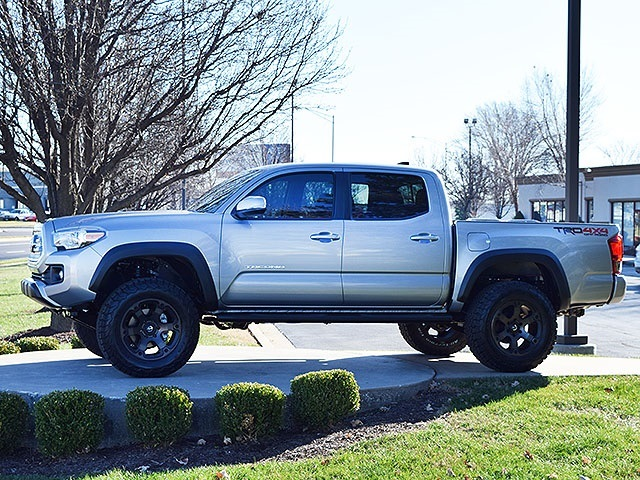 Toyota Dealership Springfield Mo >> 2016 Toyota Tacoma TRD Off-Road Double Cab for sale in ...