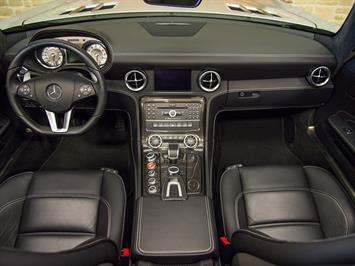 2012 Mercedes-Benz SLS AMG Convertible