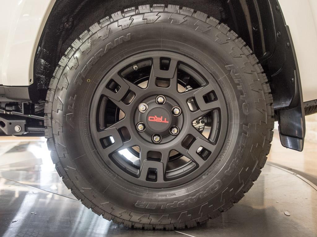 2017 Toyota 4Runner TRD Pro - Photo 34 - Springfield, MO 65802