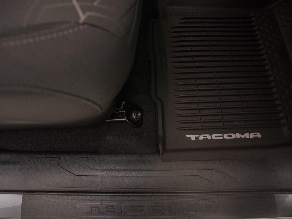 2017 Toyota Tacoma TRD Sport - Photo 26 - Springfield, MO 65802