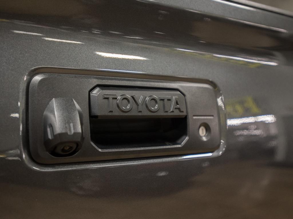 2017 Toyota Tacoma TRD Sport - Photo 27 - Springfield, MO 65802