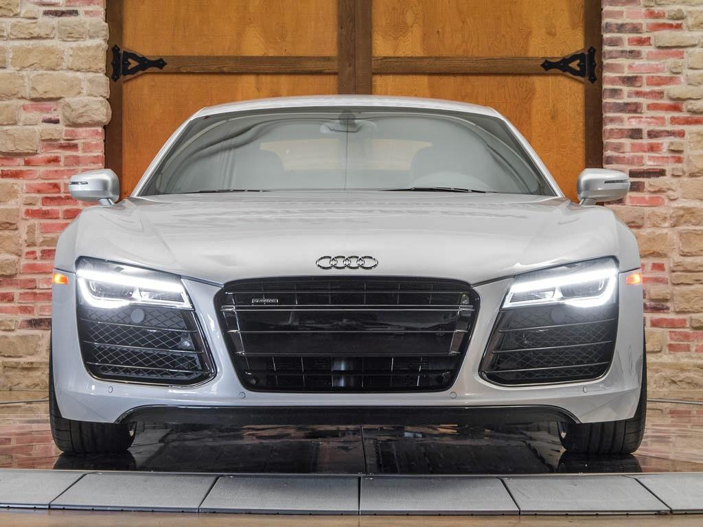 2014 Audi R8 5.2 quattro - Photo 5 - Springfield, MO 65802