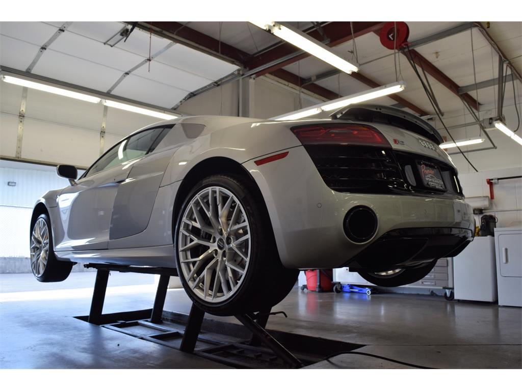 2014 Audi R8 5.2 quattro - Photo 40 - Springfield, MO 65802