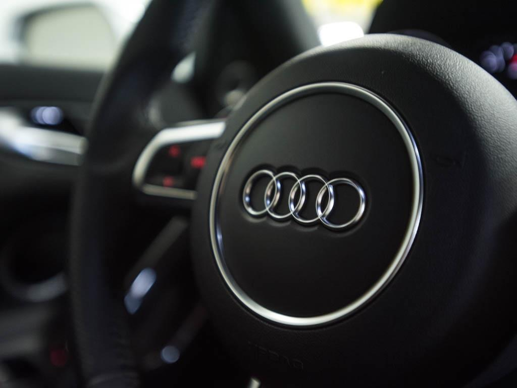 2014 Audi R8 5.2 quattro - Photo 12 - Springfield, MO 65802