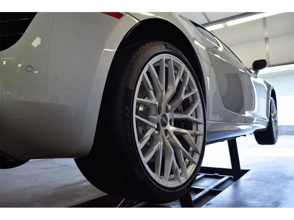2014 Audi R8 5.2 quattro - Photo 47 - Springfield, MO 65802