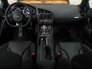 2014 Audi R8 5.2 quattro Coupe