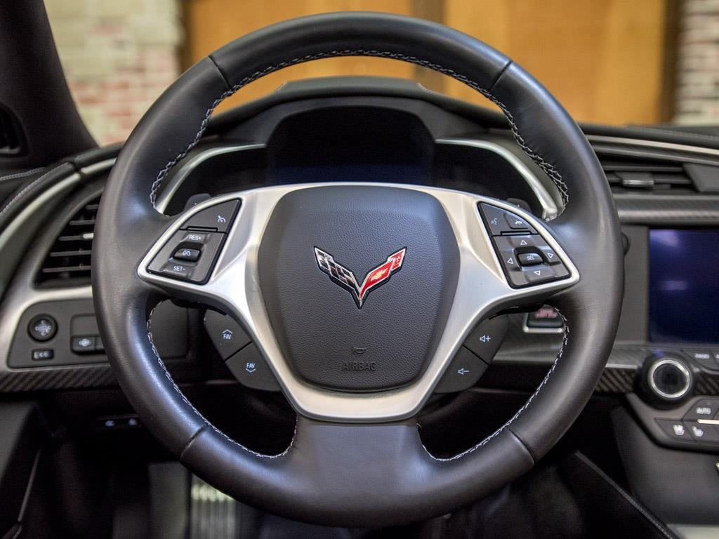 2015 Chevrolet Corvette Stingray Z51 - Photo 10 - Springfield, MO 65802