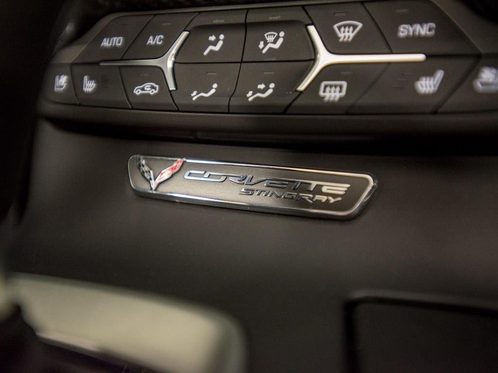 2015 Chevrolet Corvette Stingray Z51 - Photo 13 - Springfield, MO 65802