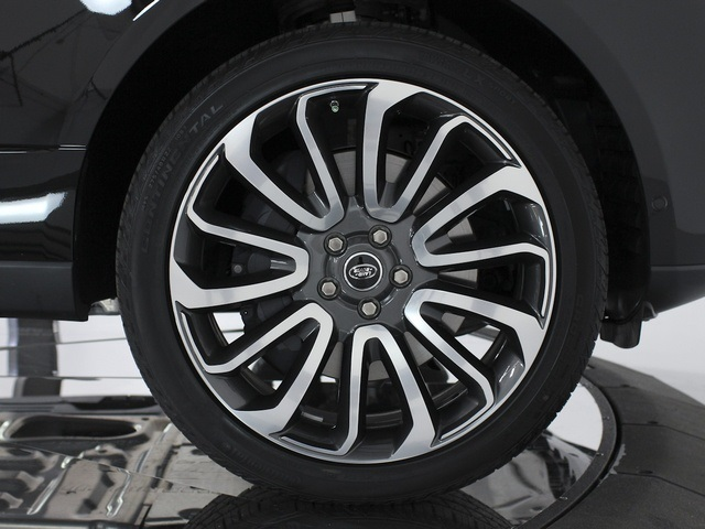 2014 Land Rover Range Rover SC Autobiography - Photo 24 - Sarasota, FL 34243
