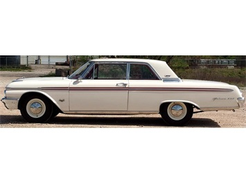 1962 Ford Galaxie 500 with High Performance 406 - Photo 6 - , TX 77041