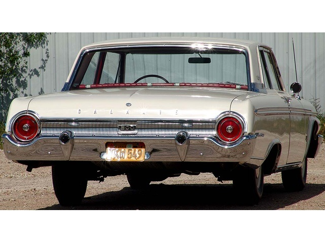 1962 Ford Galaxie 500 with High Performance 406 - Photo 18 - Houston, TX 77041