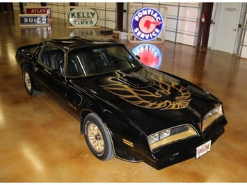 1977 Pontiac Trans Am Y81 SE Bandit with T-Tops Coupe