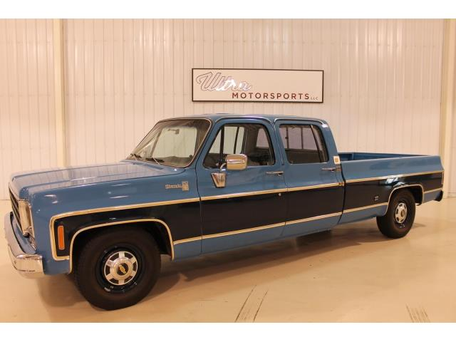 1977 Chevrolet Other Pickups - Photo 2 - Fort Wayne, IN 46804