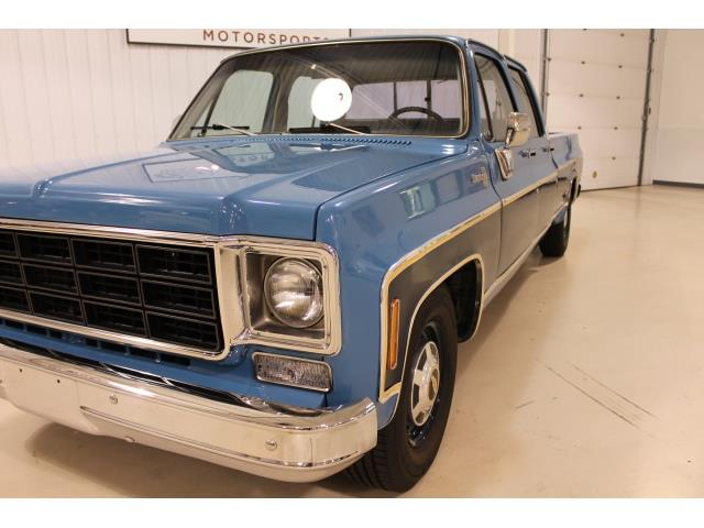 1977 Chevrolet Other Pickups - Photo 3 - Fort Wayne, IN 46804