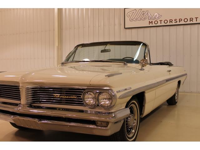 1962 Pontiac Bonneville Convertible - Photo 9 - Fort Wayne, IN 46804