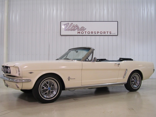 1965 Ford Mustang GT Convertible - Photo 1 - Fort Wayne IN 46804 & 1965 Ford Mustang GT Convertible for sale in Fort Wayne IN ... markmcfarlin.com