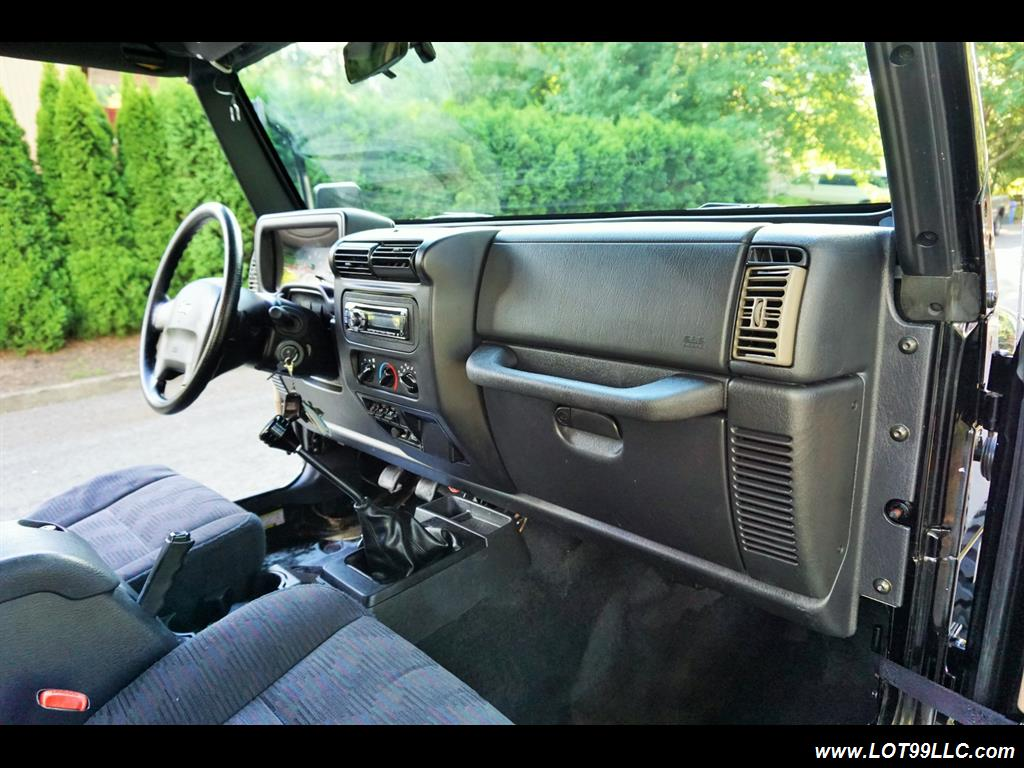 2005 Jeep Wrangler 4X4 10K Invested  Lifted Winch Hard Top - Photo 16 - Milwaukie, OR 97267