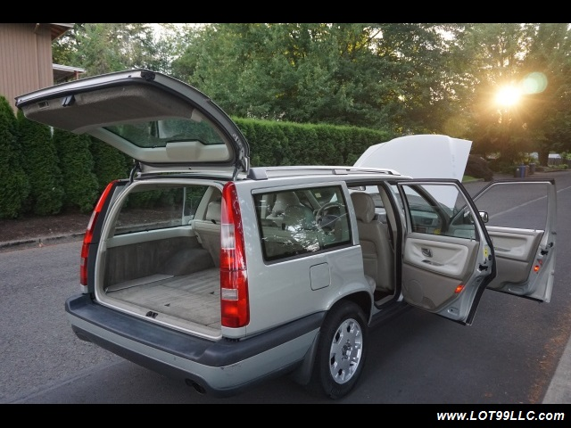2000 Volvo V70 CROSS COUNTRY AWD SE,BRAND NEW TIRES. - Photo 34 - Milwaukie, OR 97267