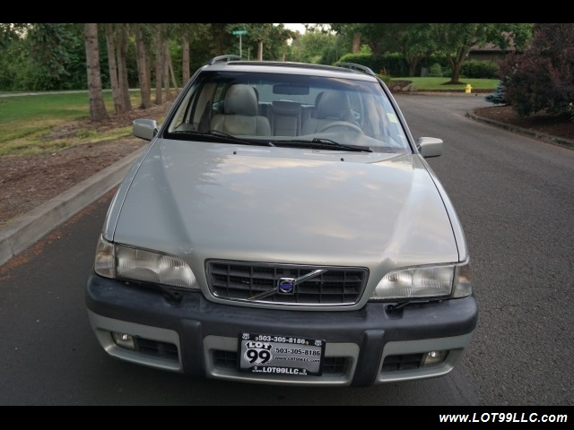 2000 Volvo V70 CROSS COUNTRY AWD SE,BRAND NEW TIRES. - Photo 3 - Milwaukie, OR 97267