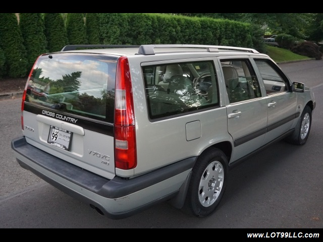 2000 Volvo V70 CROSS COUNTRY AWD SE,BRAND NEW TIRES. - Photo 6 - Milwaukie, OR 97267