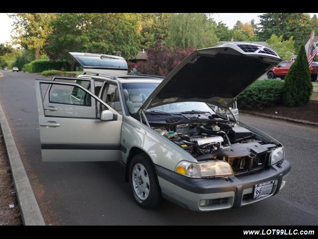 2000 Volvo V70 CROSS COUNTRY AWD SE,BRAND NEW TIRES. - Photo 32 - Milwaukie, OR 97267