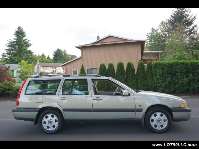 2000 Volvo V70 CROSS COUNTRY AWD SE,BRAND NEW TIRES. - Photo 5 - Milwaukie, OR 97267