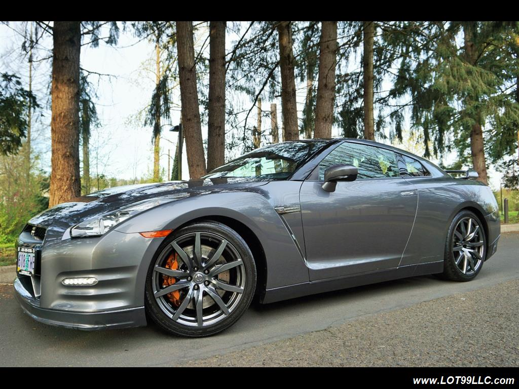 2013 Nissan GT-R Premium AWD 1 Owner Local Car. - Photo 2 - Milwaukie, OR 97267