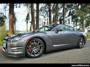 2013 Nissan GT-R Premium AWD 1 Owner Local Car. Coupe