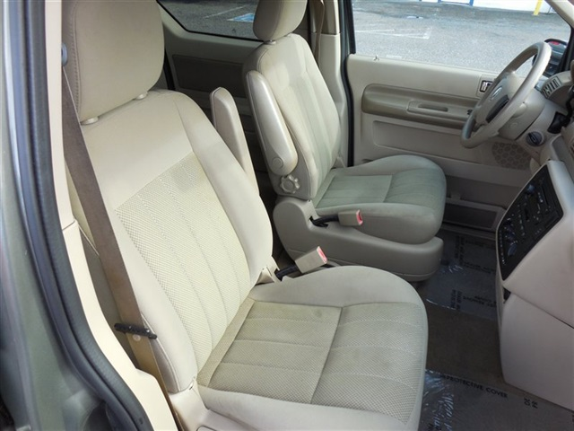2005 Mercury Monterey - Photo 13 - Lynnwood, WA 98036