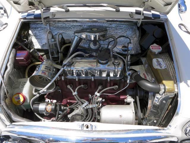 1964 Mini Classic Morris - Photo 23 - San Diego, CA 92126