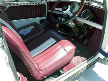 1964 Mini Classic Morris - Photo 17 - San Diego, CA 92126