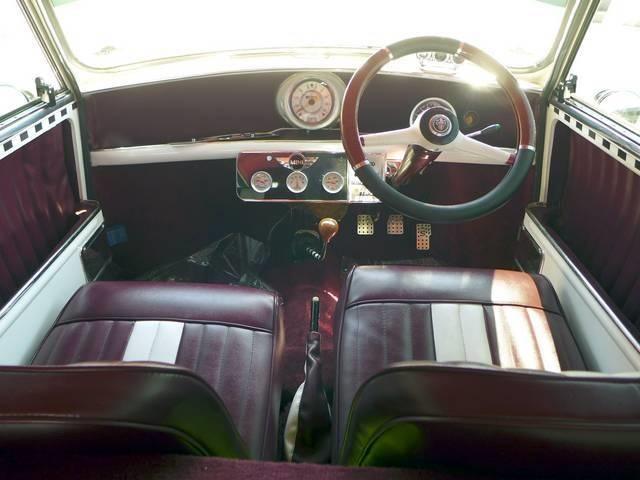 1964 Mini Classic Morris - Photo 14 - San Diego, CA 92126