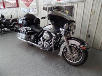 2010 Harley-Davidson Ultra Classic - Photo 2 - Kingman, KS 67068