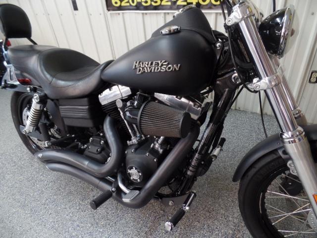 2011 Harley-Davidson Street Bob - Photo 8 - Kingman, KS 67068