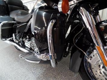 2001 Harley-Davidson Road Glide Screaming Eagle CVO - Photo 14 - Kingman, KS 67068