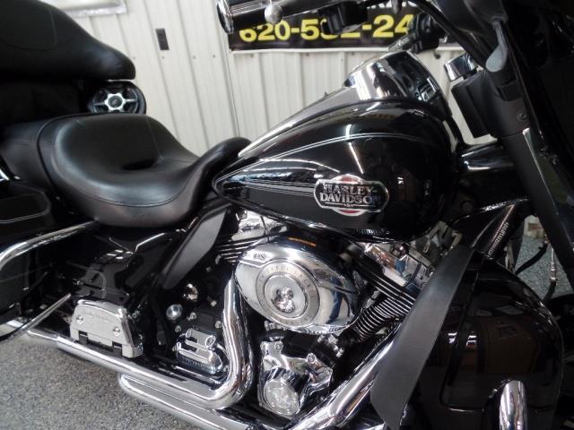 2011 Harley-Davidson Ultra Classic - Photo 11 - Kingman, KS 67068