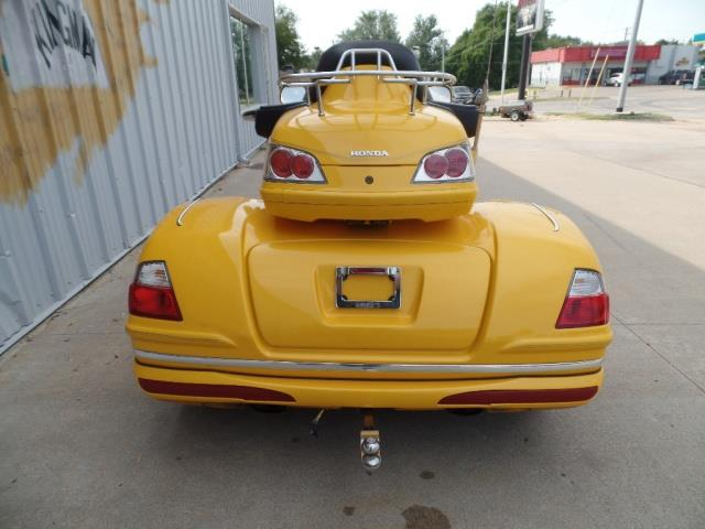 2010 Honda Gold Wing California Sidecar Trike - Photo 11 - Kingman, KS 67068