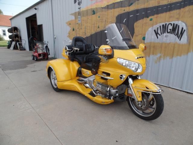 2010 Honda Gold Wing California Sidecar Trike - Photo 2 - Kingman, KS 67068