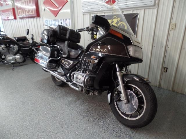 1984 Honda Gold Wing 1200 - Photo 2 - Kingman, KS 67068